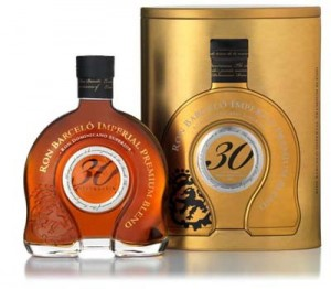 En ocasión de los 30 años de la marca, se lanzó el que es considerado la joya de la familia, el 'Imperial Premium Blend'.  Su elaborada producción artesanal lo convierte en un producto limitado.